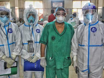 Image of COVID-19 doctors in Dhaka
