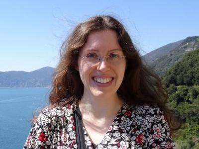 Dr Stephanie Dumke